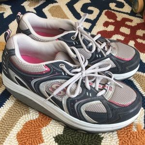 Skechers Shape Ups Clean Great Condition